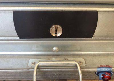 installazione defender per proteggere serratura della serranda